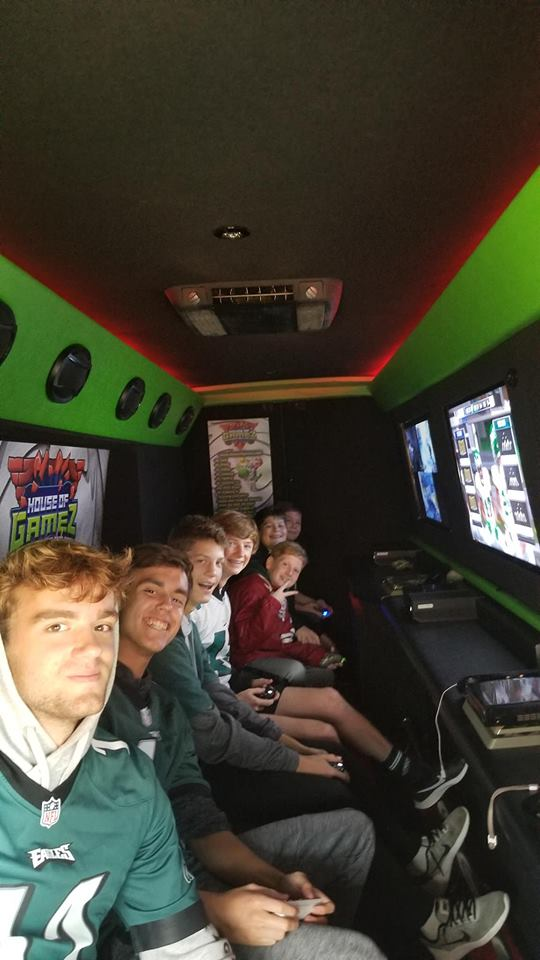 house-of-gamez-new-jersey-video-game-laser-tag-party-14