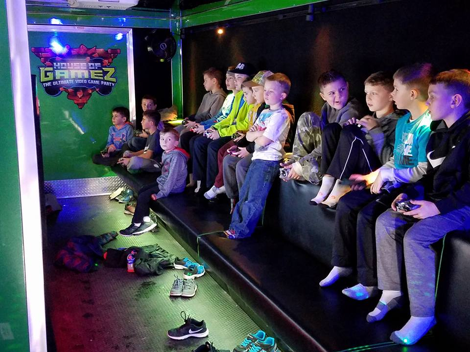 house-of-gamez-new-jersey-video-game-laser-tag-party-35